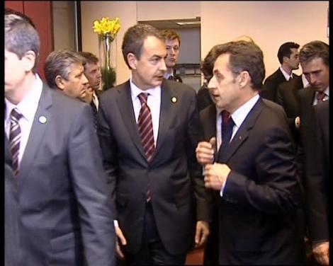 zapatero_asiste_a_la_cumbre_de_bruselas_med1