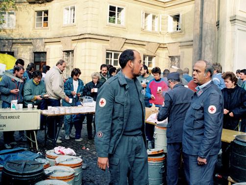 En la embajada de la RFA en Praga, verano de 1989