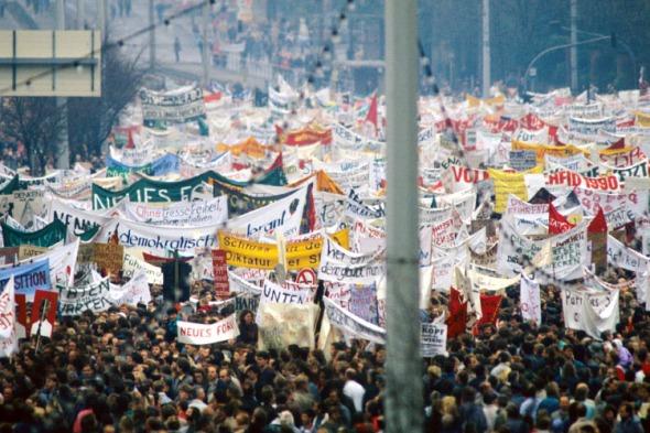 La manifestación del 4 de noviembre de 1989, fue la confirmación de que el régimen de la RDA había perdido frente a la presión popular.